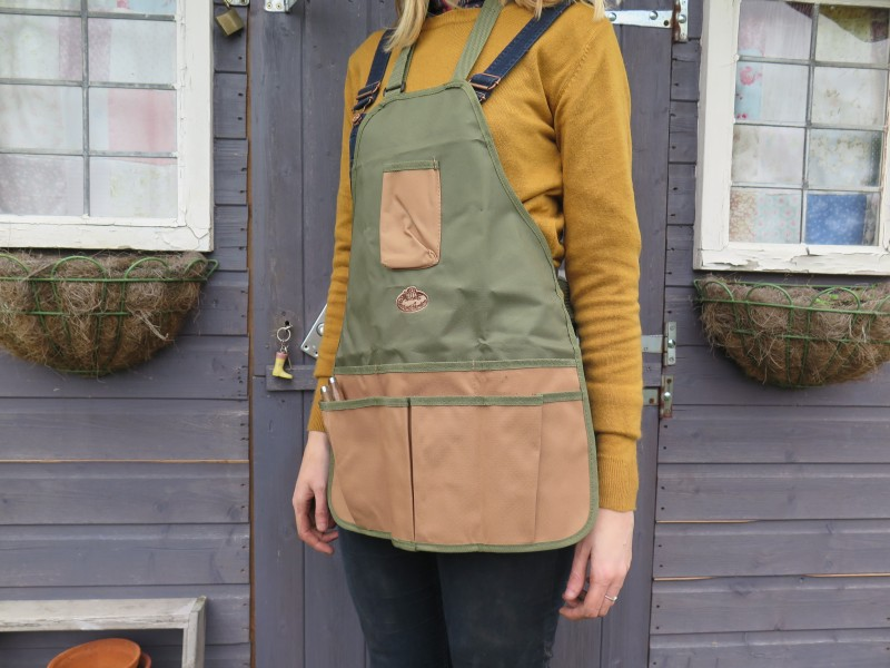 Garden apron from Lavender and Leeks
