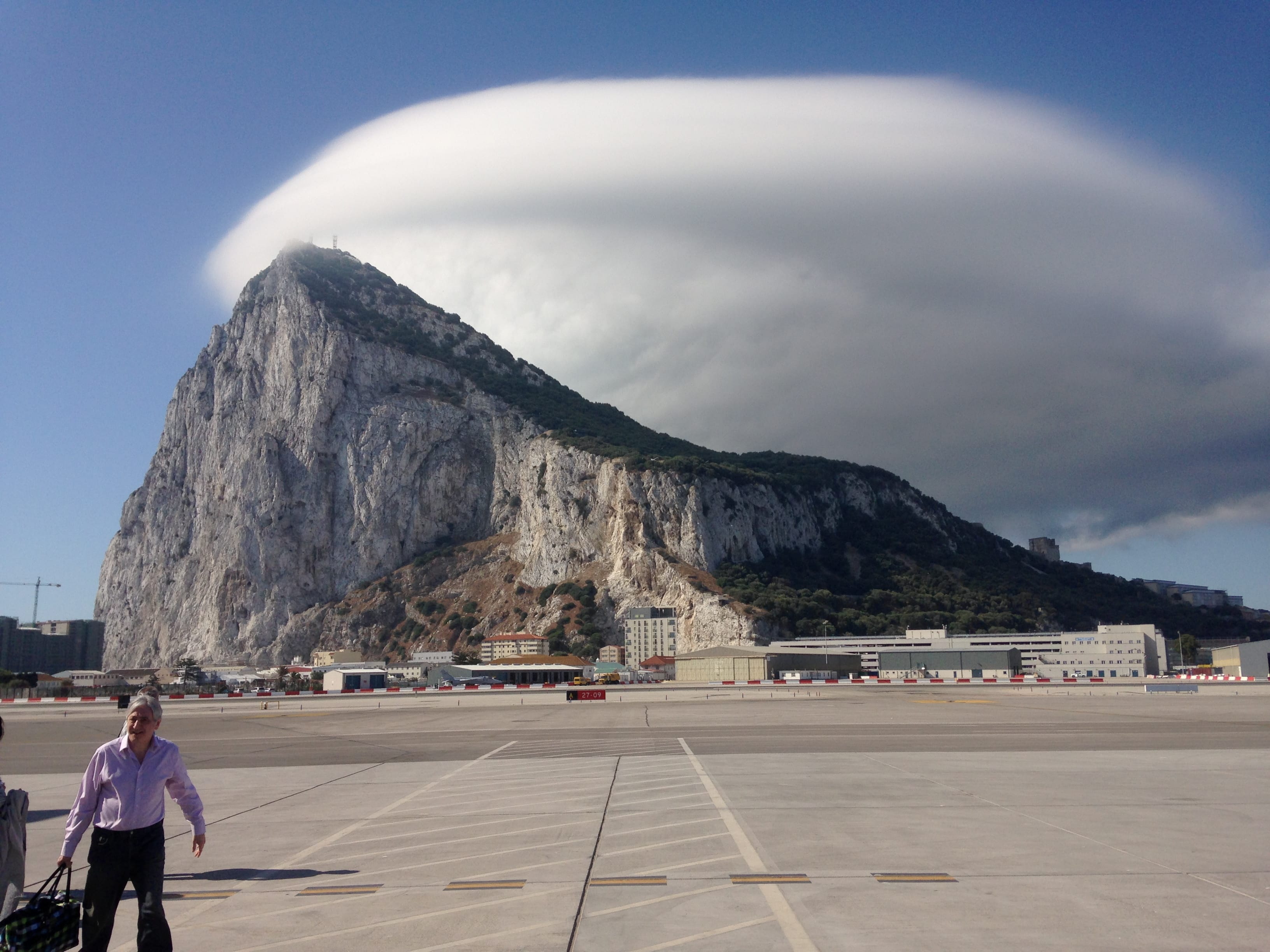 Levanter cloud at Gibraltar