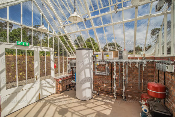 Logan Botanic Gardens greenhouse heating room