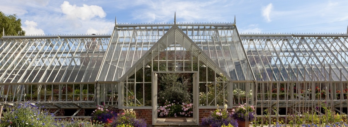 A feature greenhouse for a newly appointed walled garden