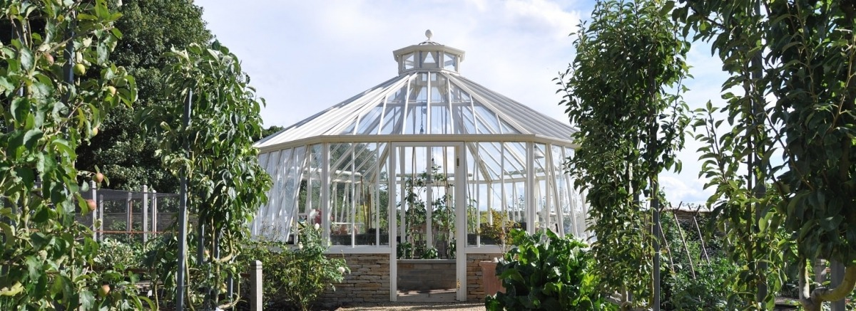 An Octagonal greenhouse for a kitchen garden