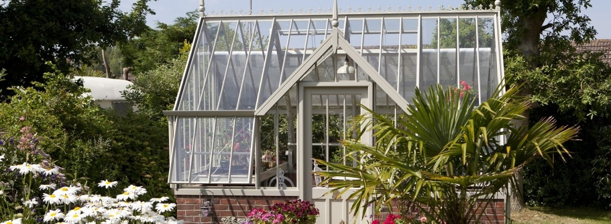 Mottisfont Greenhouse for Growing and Entertaining