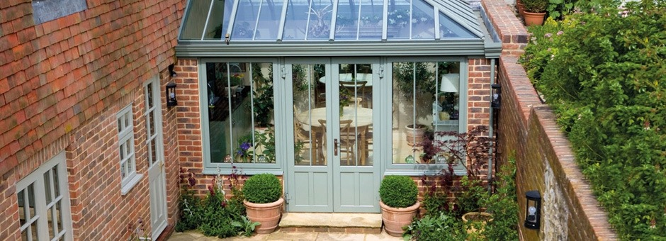 Hip ended traditional conservatory