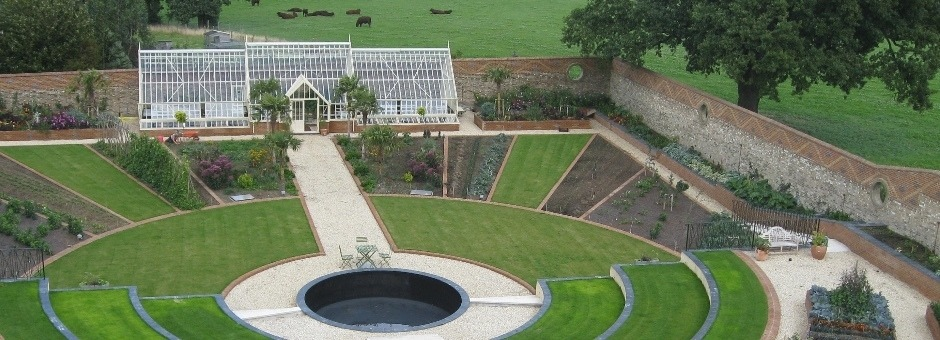 Kitchen design gallery uk - Walled Gardens Are A Wonderful Part Of Our Gardening History Over The