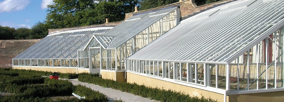 Glasshouse-at-historic-public-site