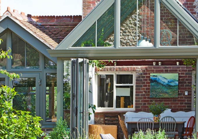 Alitex Victorian style conservatory with gabel end