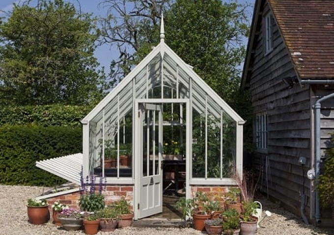 Scotney NT Greenhouse - case study