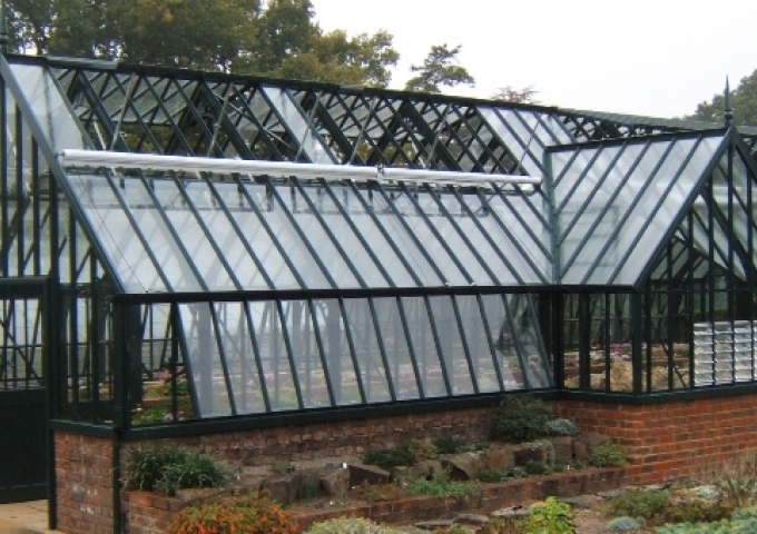 Replacement freestanding, traditional greenhouse at RHS Wisley in Yew Tree