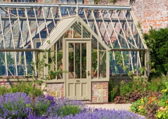 National Trust Greenhouses | Traditional Greenhouses | Alitex