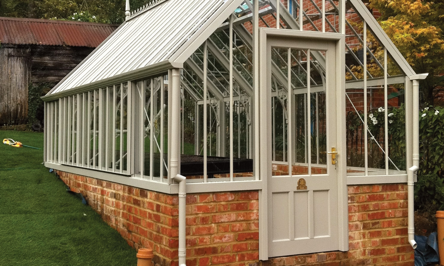 The stourhead national trust greenhouses alitex for Greenhouse styles