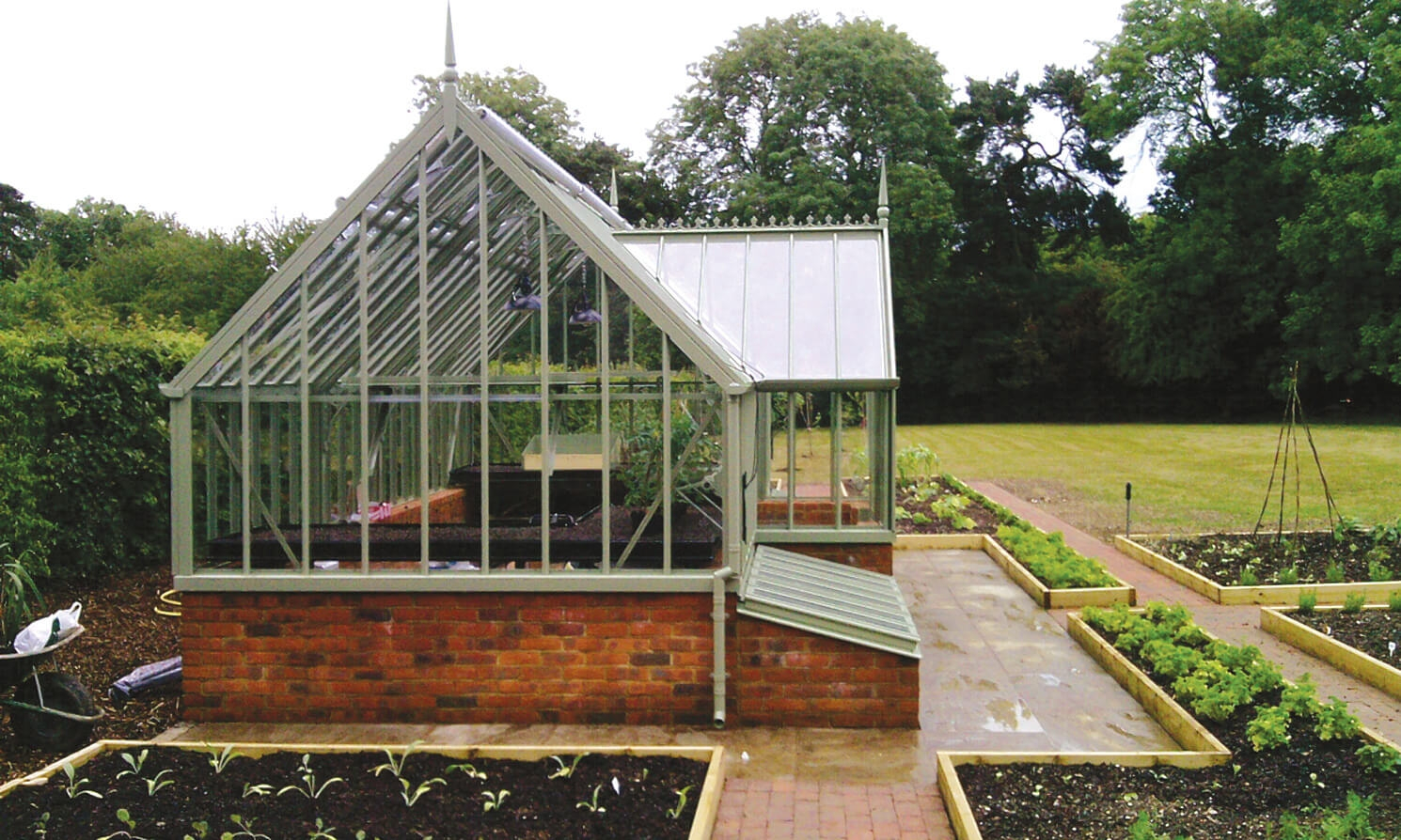 The wimpole national trust greenhouses alitex for Greenhouse styles