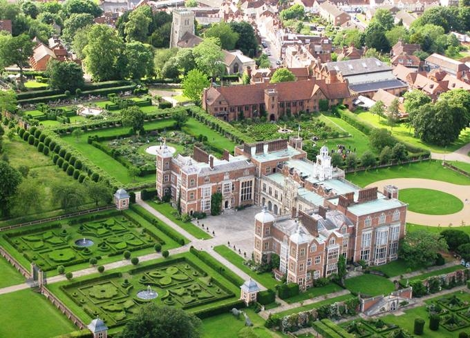 Hatfield House aerial shot