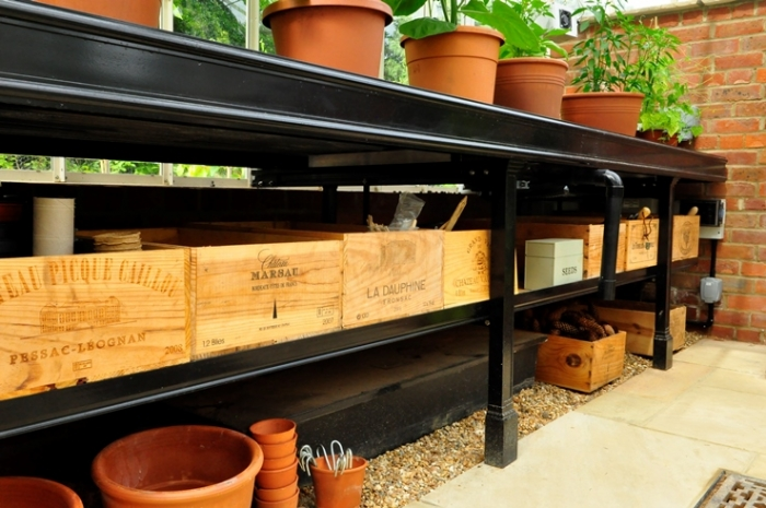 Greenhouse benching in black